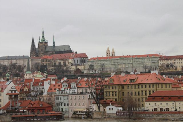 Нажмите на изображение для увеличения Название: Вид на Пражский Град.jpeg Просмотров: 10 Размер:54.7 Кб ID:2124515
