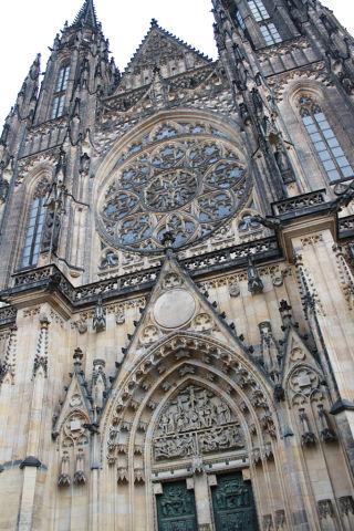 Нажмите на изображение для увеличения Название: Кафедральный собор св. Вита.jpeg Просмотров: 7 Размер:60.6 Кб ID:2124517